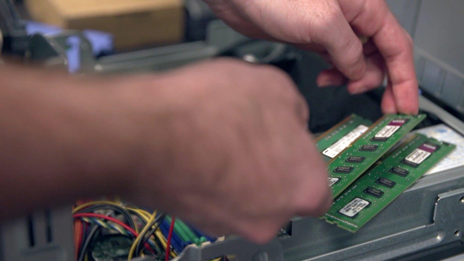 CRU - Stacking RAM